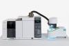 Thermogravimetrie und Emissionsgasanalyse in einem System